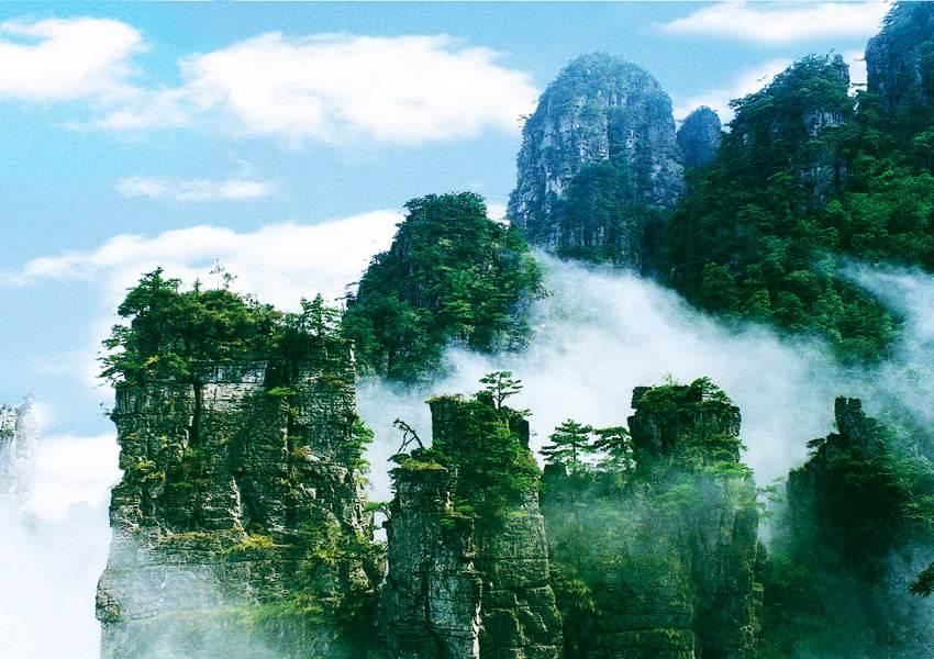 『乌蒙大草原酒店优惠』游客自述:多国游客滞留 唯有中国使馆组织撤离