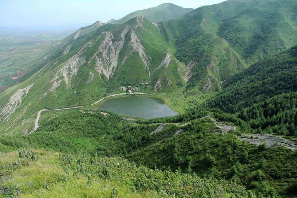 西藏旅游:让游客高兴而来满意而归