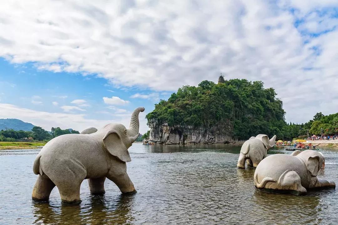 【毕节六日游线路】港方在京公布旅游成本:香港游4000元才保品质